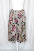 Load image into Gallery viewer, 80s Grey Floral Skirt / S-M