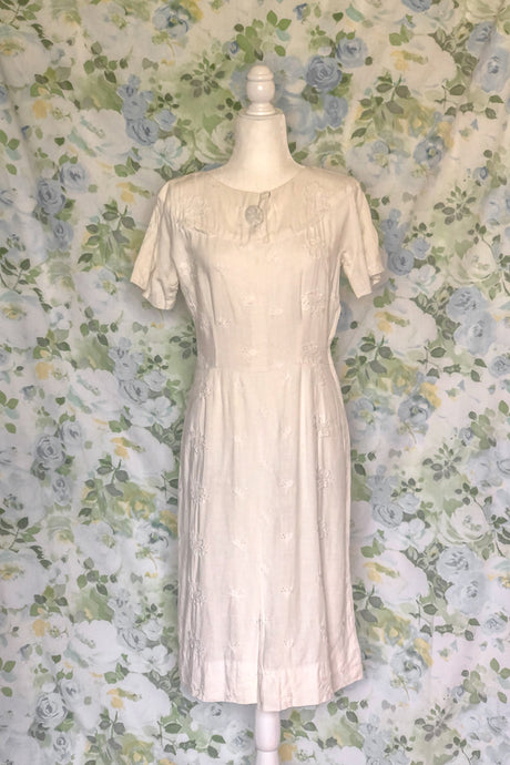 Vintage 40s-50s White Wiggle Dress / S-M