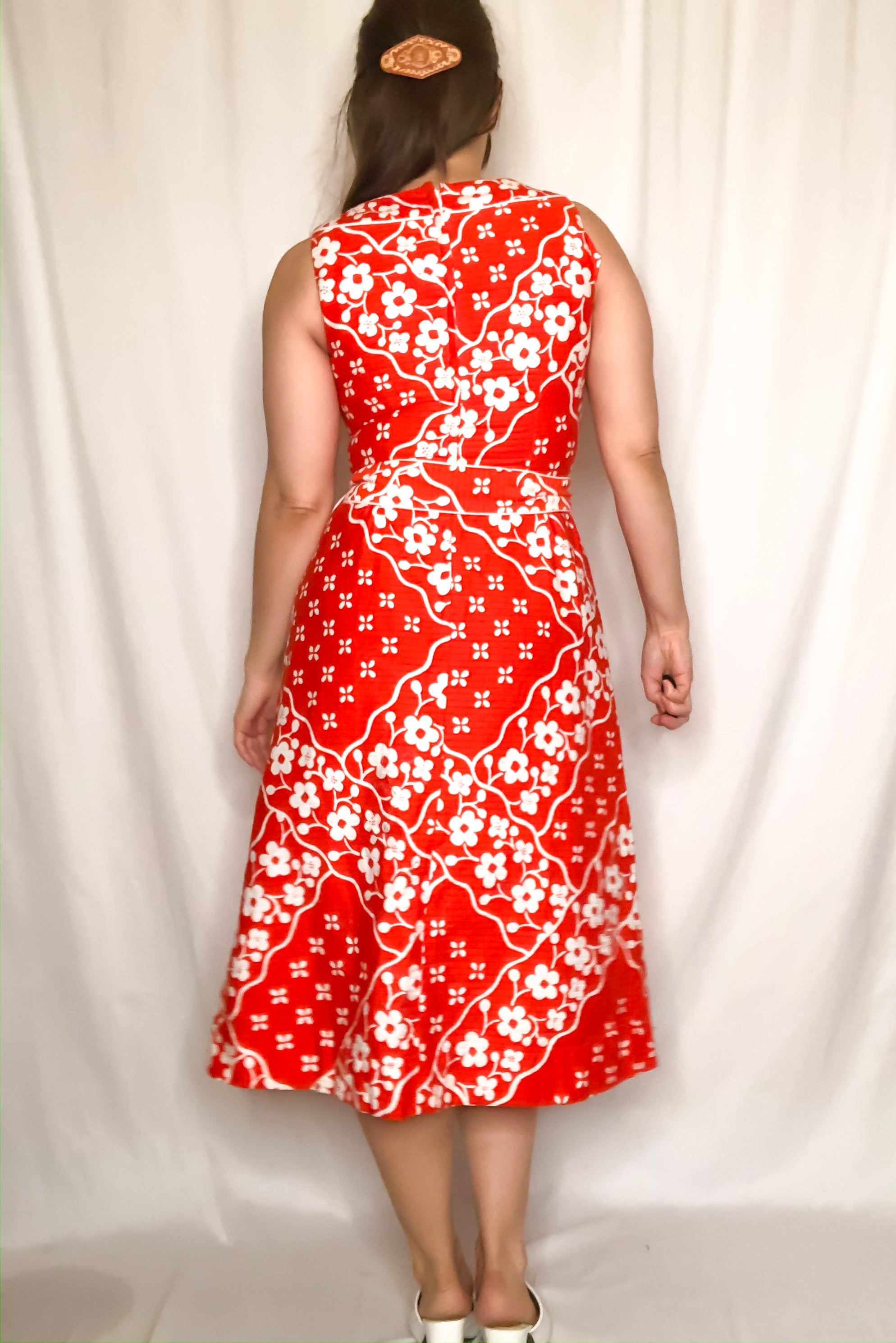 Vintage Orange & White Floral Hawaiian Dress / XS-S
