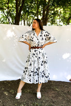 Load image into Gallery viewer, Vintage 70s Navy Animal Print Dress / S-M