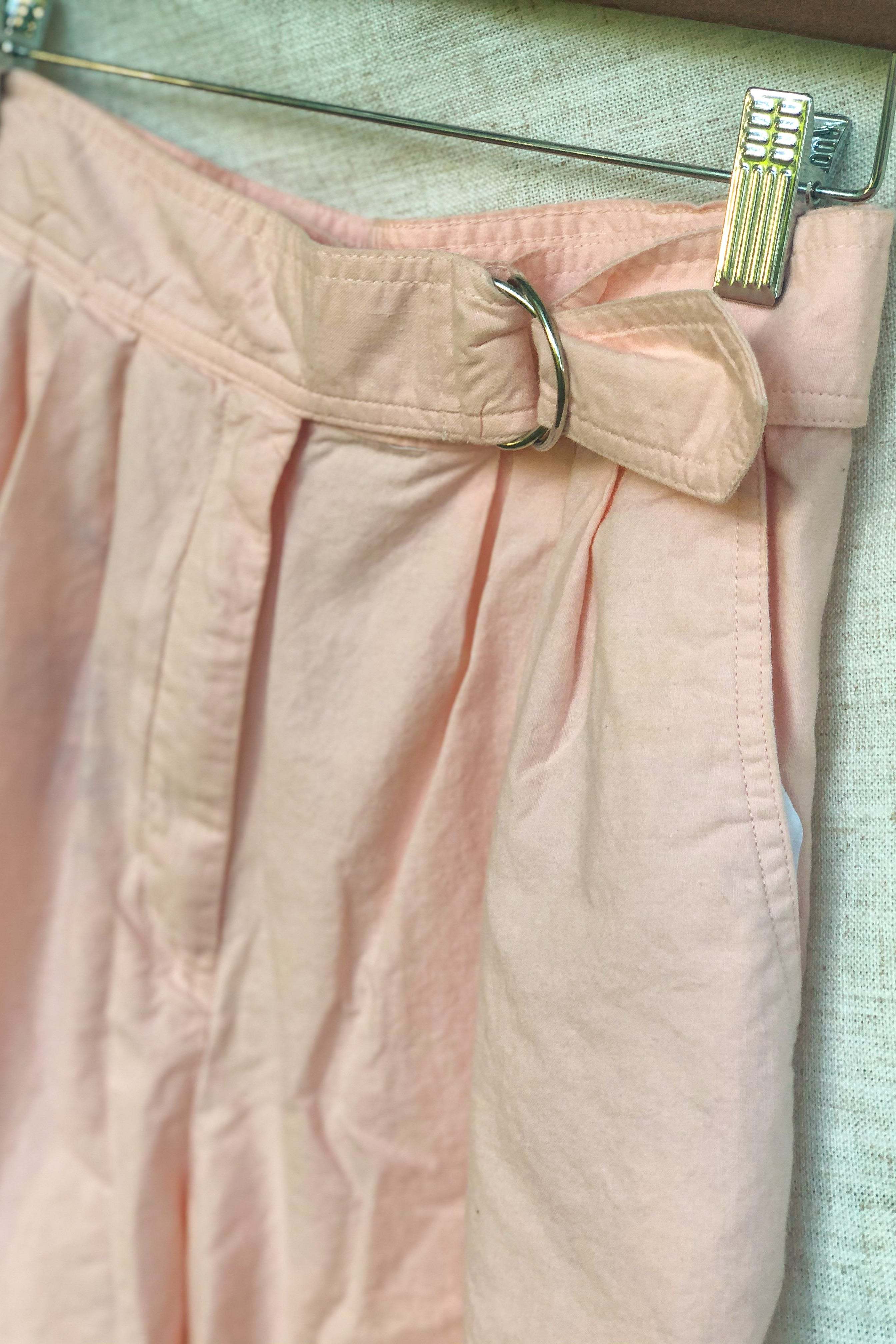 Vintage 80s Light Pink Shorts / S - M