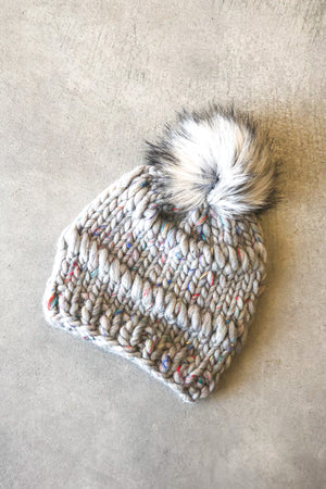 Open image in slideshow, The Lillian Fur Pom Pom Beanie in Light Grey Confetti