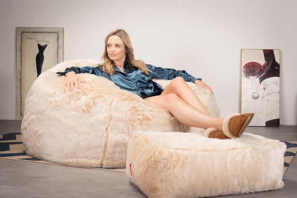 CloudSac-1010-XXL-Giant-Memory-Foam-XXL-Bean-Bag-Sofa-Fluffy-Faux-Fur-White-Fox_2