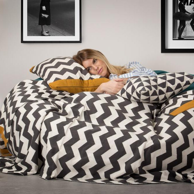 scatter-cushion-17x17-aztec_2
