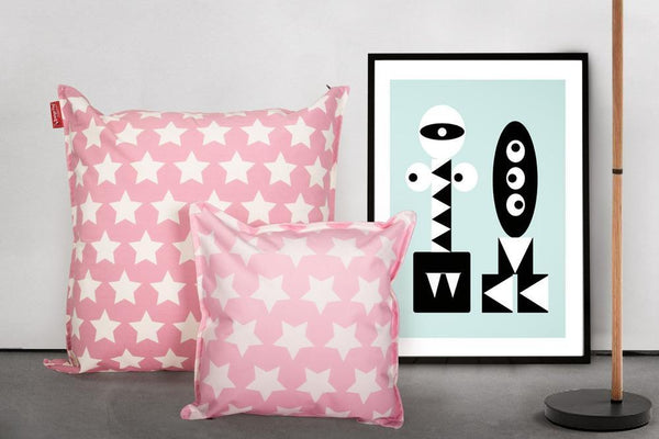 scatter-cushions-2-sizes-18-27-print-pink-star_2