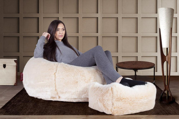 Small-Footstool-Fluffy-Faux-Fur-White-Fox_2