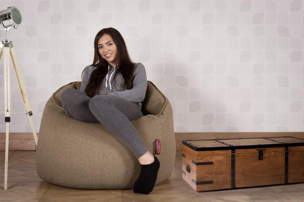 cuddle-up-bean-bag-chair-interalli-wool-biscuit_2