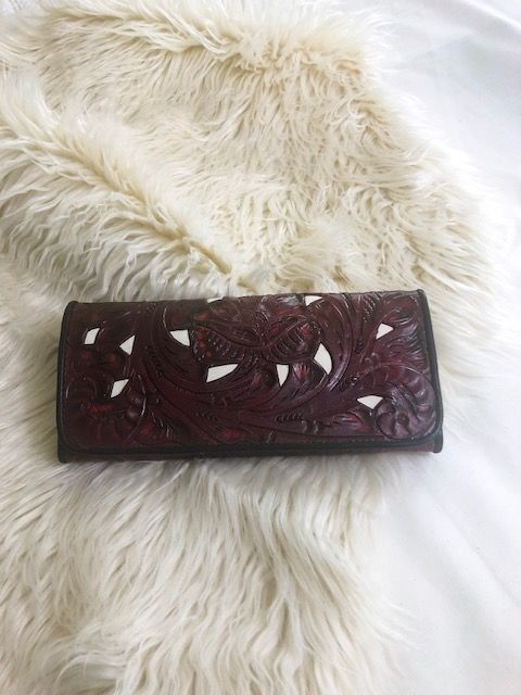 Juan Antonio Wallet - Tooled Leather - Maroon / Ivory