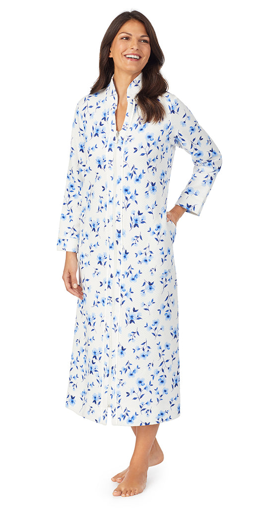 White & Blue Floral Diamond Quilt Long Sleeve Long Zip Front Robe