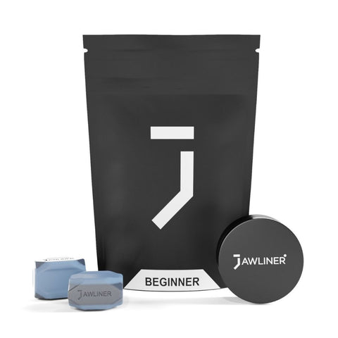 the picture shows the jawliner 3.0 beginner with the jawliner bag and the jawliner tin