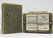Coconut Lime has a rich creamy lather and scented with Lime essential oil