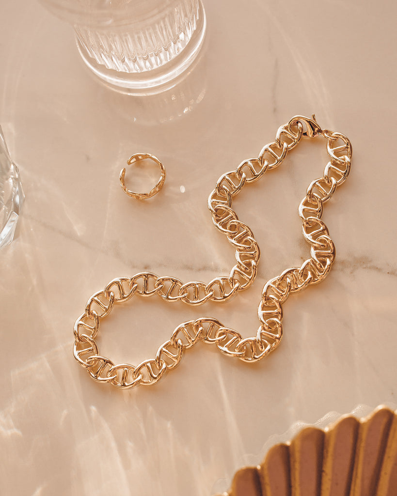 Interlocking Chain Necklace