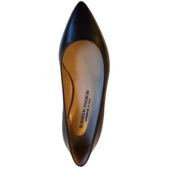 Robertson Madison Andrea Pointy Flat Shoe 29608 | Nero Vitello Leather  | Shop now and enjoy free domestic shipping with your order of $100 or more.