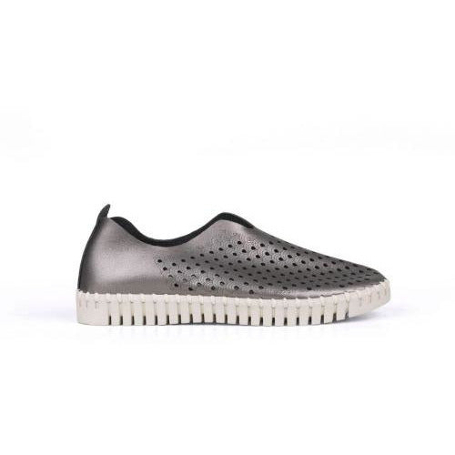 Ilse Jacobsen Tulip 3576 Perforated Slip On Sneakers  | Gunmetal