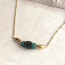 Load image into Gallery viewer, Black and Green Bead Gold Necklace