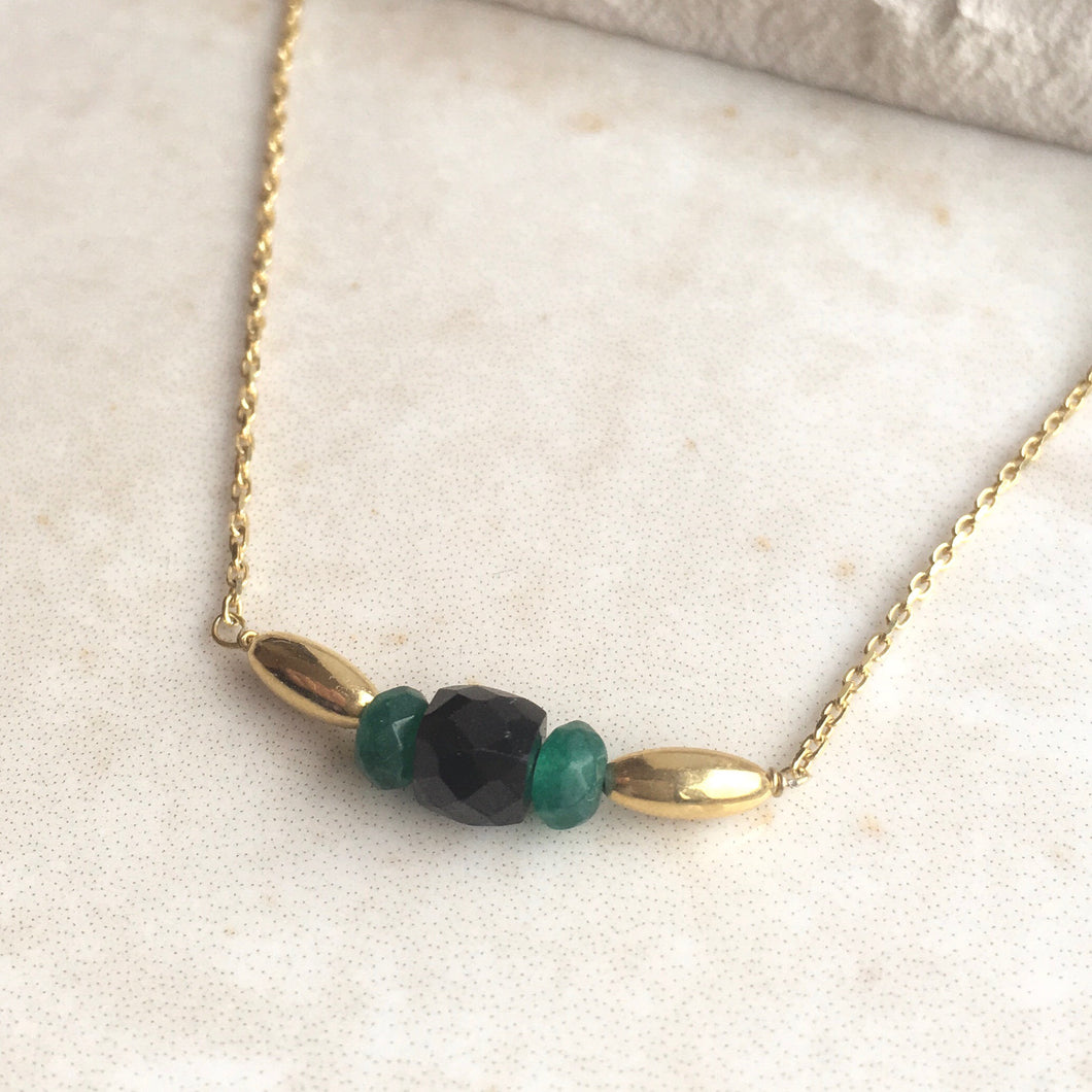 Black and Green Bead Gold Necklace