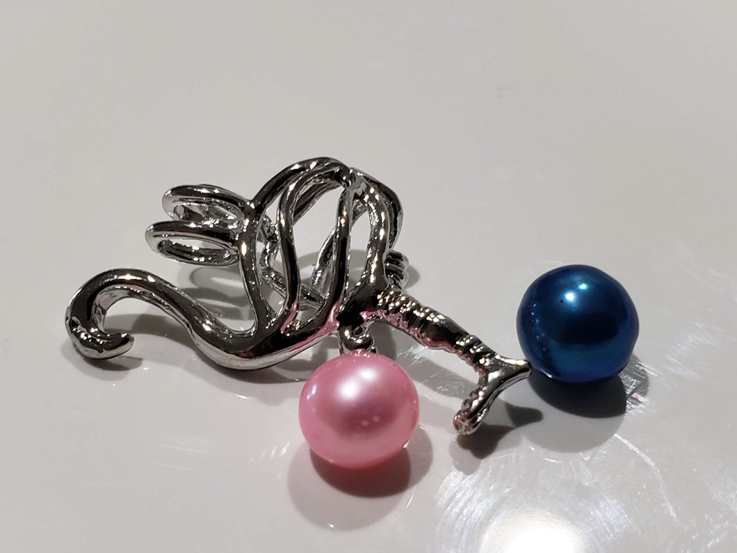 White Gold Flamingo Pearl Cage