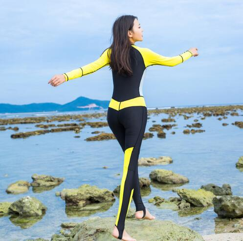 0.5mm Lycra Women Diving Suits Bodysuits One Piece Wetsuits Scuba Snorkeling Equipment Long Sleeves Surfing Rash Guards