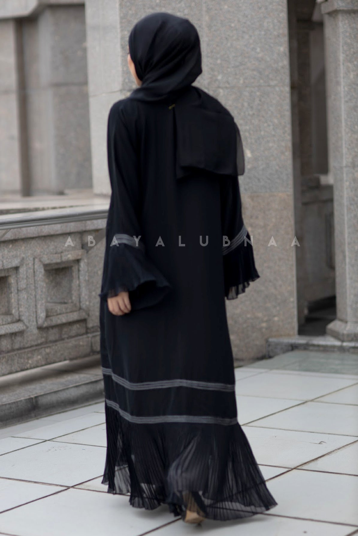 Claire Abaya - Black (Open Type)