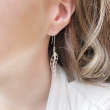 Load image into Gallery viewer, Medium MAïA Earrings