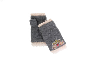 Momo Handwarmer - winter hat glove - hand-knit - French Knot