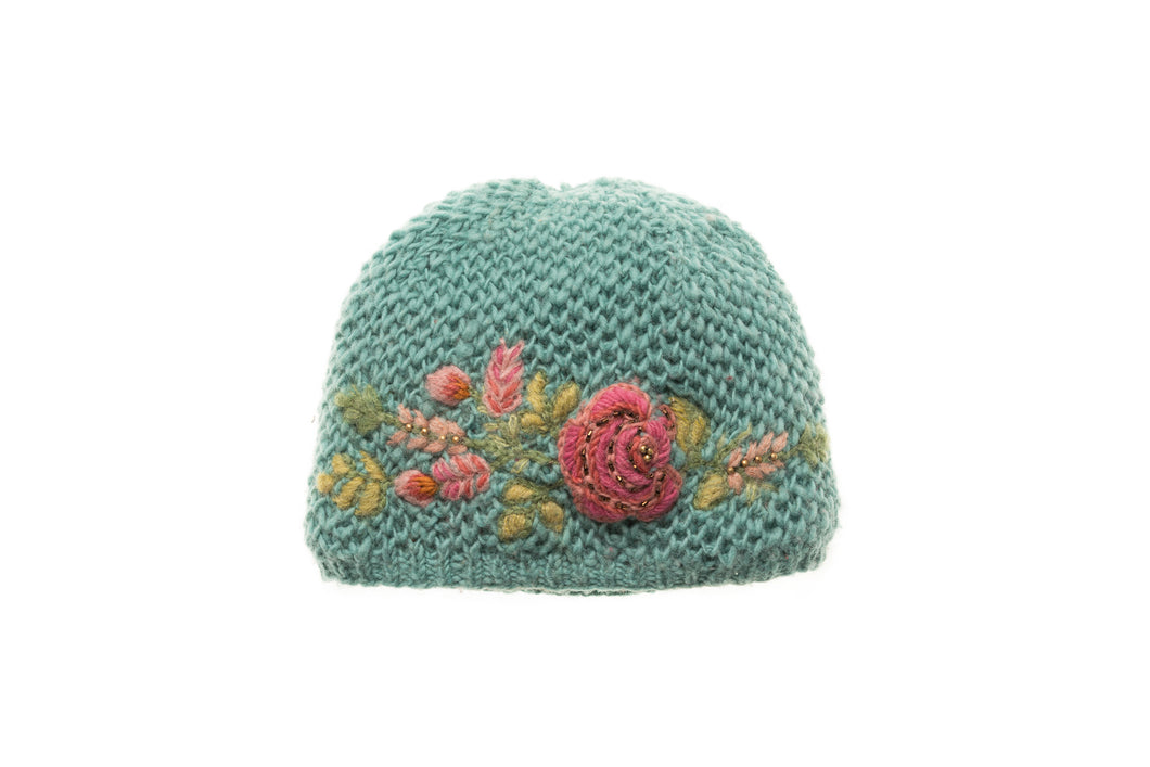 Josephine Cloche - winter hat glove - hand-knit - French Knot