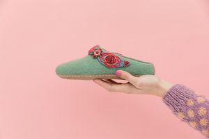 Jeweled Cuff Slipper - French Knot