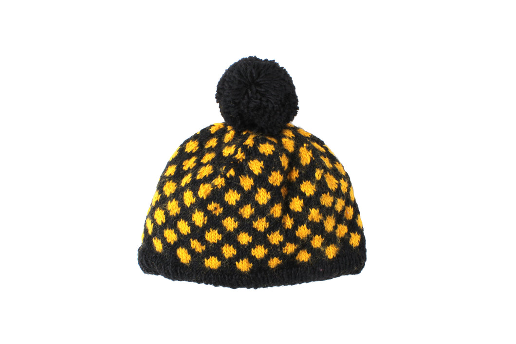 Collegiate Dot Hat - winter hat glove - hand-knit - French Knot