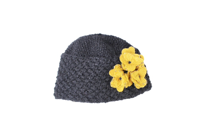Collegiate Felt Flower Hat - winter hat glove - hand-knit - French Knot