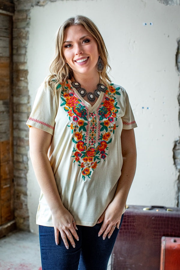 GUADALUPE EMBROIDERED TOP -IVORY