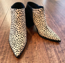 Load image into Gallery viewer, Leopard Booties