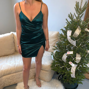 Elizabeth Holiday Dress