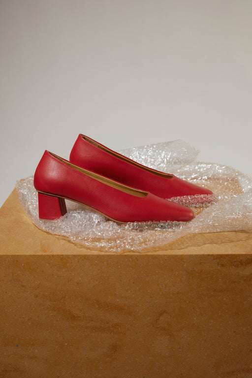 Lea ii pumps | Red