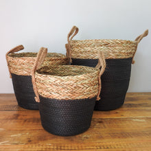 Load image into Gallery viewer, Black Bottom Basket Grass Top