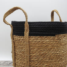 Load image into Gallery viewer, Black Cotton Rope Top with Grass Bottom and Hemp Handle