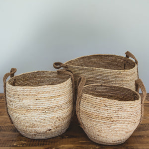 Natural Woven Basket with Hemp Handle
