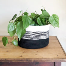 Load image into Gallery viewer, Black Ombré Cotton Basket