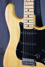 Load image into Gallery viewer, 1978 Fender Stratocaster