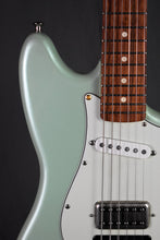 Load image into Gallery viewer, 2017 Fender Offset Series Duo-Sonic HS w/ Porter Pickups