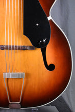 "Load image into Gallery viewer, Baxendale '50s Silvertone 17"" Archtop Conversion"