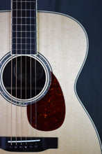Load image into Gallery viewer, Collings 003 14-Fret