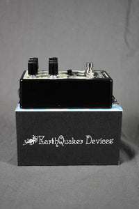 EarthQuaker Devices Afterneath V3