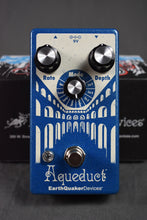 Load image into Gallery viewer, EarthQuaker Devices Aqueduct Vibrato