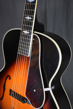 Load image into Gallery viewer, 2016 Epiphone Masterbilt Century Collection De Luxe Classic (F-Hole) Vintage Sunburst