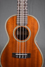 Load image into Gallery viewer, Ohana CK-39 3M Style Concert Ukulele