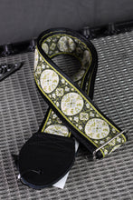"Load image into Gallery viewer, Medallion 1.5"" Black/Green Strap"