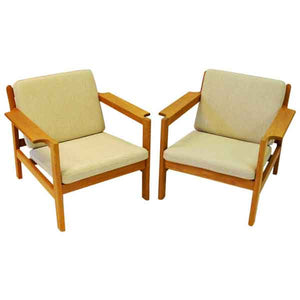 Danish pair of teak armchairs mod 227 by Børge Mogensen 1960s