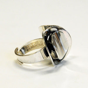 Vintage Silverring with a top by Erik Granith, Finland 1973