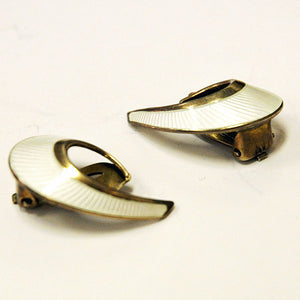 Waveshaped clip on silverearrings by David Andersen 1960s - Norway