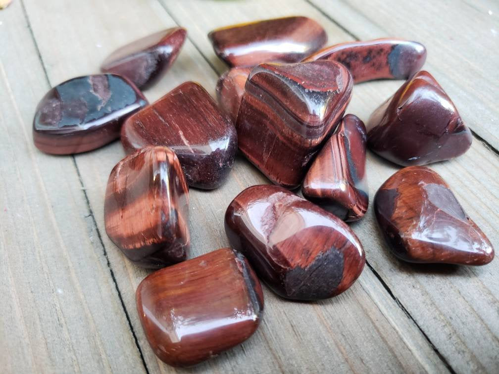 RED TIGER EYE Crystal // Protection // Metaphysical // Healing // Stone // Healing Crystal
